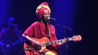 Fatoumata Diawara - Sonkolon - Live in Holon (1/8)