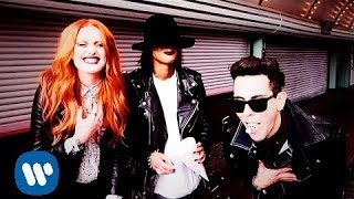 Cobra Starship: Never Been In Love ft. Icona Pop [OFFICIAL VIDEO]