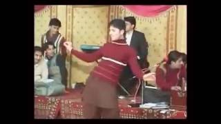 Mujra of a Young Boy ,You will be Fun!