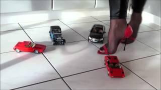 Crushing Freds Toy Car  1