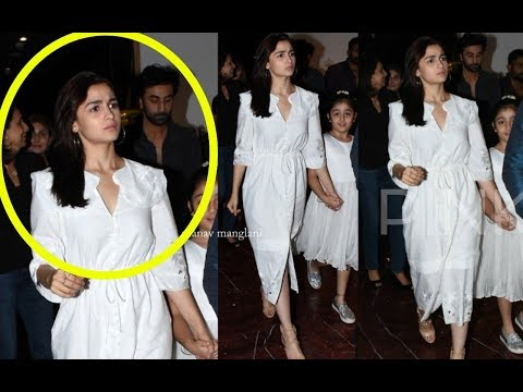 Xxx Mp4 Alia Bhatt Spotted With Bf Ranbir Kapoor And His Family To Discuss Marriage Plans 3gp Sex