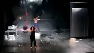 فضيحة في تونس ممثل يتعرّى على المسرح البلدي و يثير الجدل
