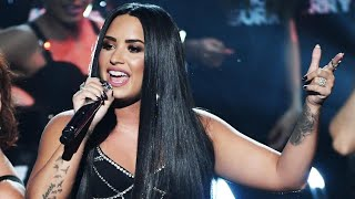 Demi Lovato Puts Twitter Bullies on Blast During Epic American Music Awards 2017 Performance