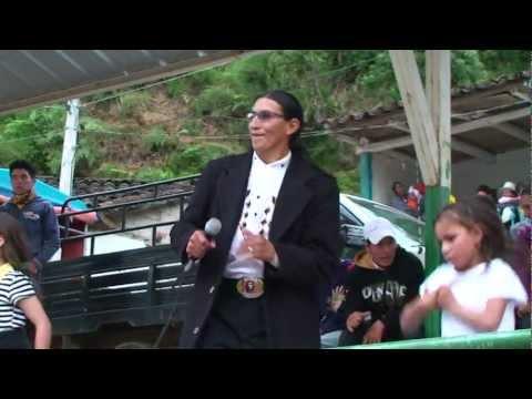 Manuelito Duchi el Cantor Cañari en la Parroquia Shagly Chiquitita HD