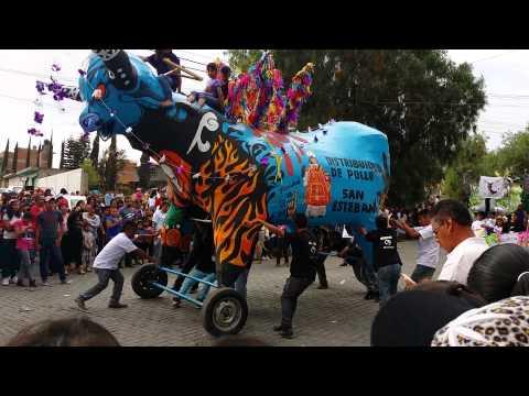 Recorrido de toros pirotecnicos Tultepec 2014
