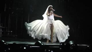 Beyoncé - Ave Maria Live In Athens,Greece (I Am...Tour) @ O.A.K.A. 11/08/09