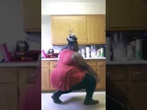 Funny clips fat aunty dance
