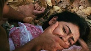 فتاة تتعرض للاغتصاب من قبل عمها اخو ابوها قصة حقيقية