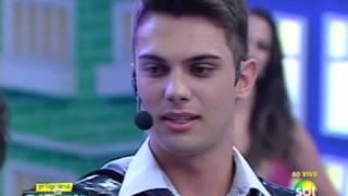 Rapaz se apresenta com Gaita Ponto no Programa do Ratinho e ganha prêmio máximo no Dez ou Mil