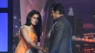Bindaas Bollywood - Salman Khan And Nargis Fakhri Attend An Award Function - Latest Celebrity News