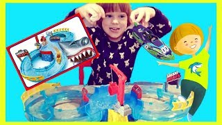 Micro Boats Shark Attacks Zuru Playset kids pretended play [boat race]