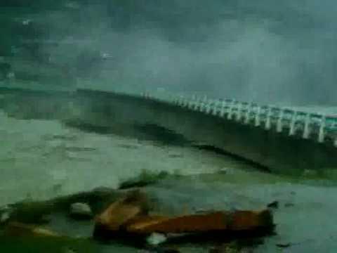 Bridge disappeared at Besham (3).3gp