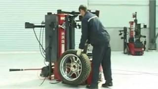 RS180 full automatic leverless tire changer