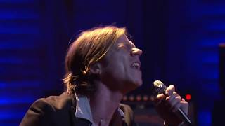 """Cage The Elephant """"Trouble"""" 2/03/16 - Live at Conan"""