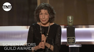 Lily Tomlin Wins Lifetime Achievement Award | 23rd Annual SAG Awards | TNT