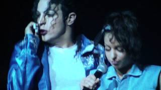 Man In the Mirror :MJLIL (professionnal impersonator Michael Jackson) and TAL (french rnb singer)