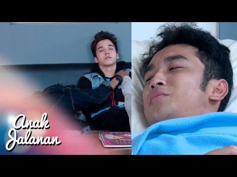 Boy & Ian nginep temenin Haikal dirumah sakit Anak Jalanan 25 Nov 2015