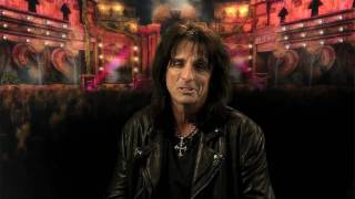 Guitar Hero Warriors of Rock | re-record trailer Alice Cooper - The Runaways Joan Jett Cherie Currie