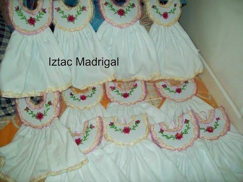 101. vestidos toalleros para cocina del grupo El Arte DE Bordar Iztac Madrigal