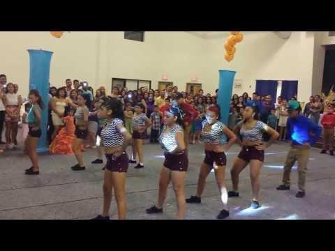 Wendy s Baile Sorpresa Part 1
