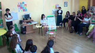 English lesson, 3 -4 years old European School Kindergarten.