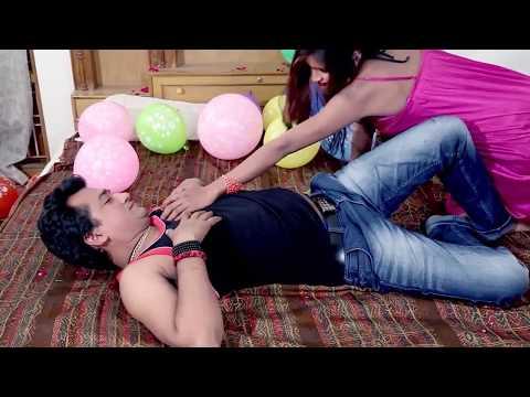 Xxx Mp4 दूध पिया के खड़ा करेली New Bhojpuri Hit Song 2017 By Video Dance 3gp Sex