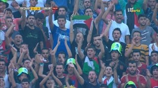 ردة فعل المعلق لما رأى العلم الفلسطيني مكتوب فيه الجزائر