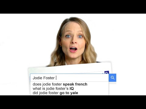 Jodie Foster Answers the Web's Most Searched Questions   WIRED