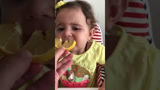 limon yiyen bebek videolari komik