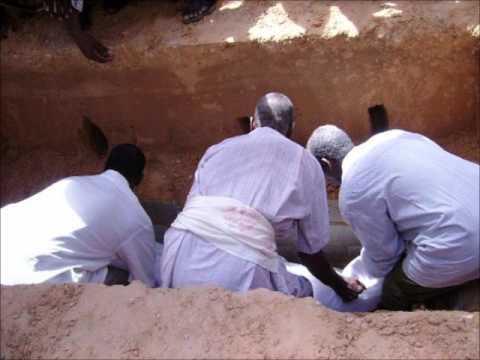 Muxaadaro Sh Maxamed Idiris Naf waliba Geerida way Dhadhamin Full.