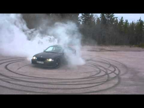 Burnout with BMW 325i 94