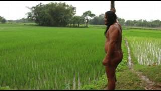 Farmer in India has been naked for 40 years