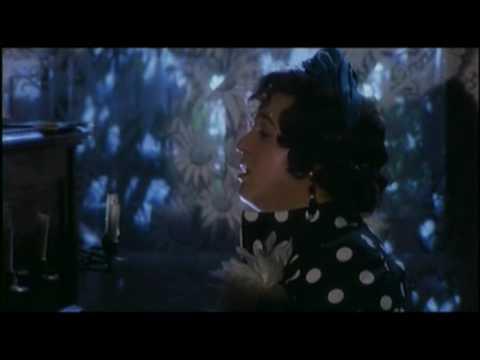 La mia morosa va alla fonte Renato Pozzetto in Gran Bollito 1977