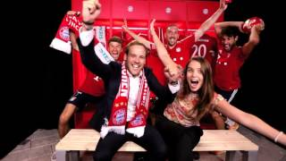 Photobomb fun with FC Bayern stars at Siemens summer party