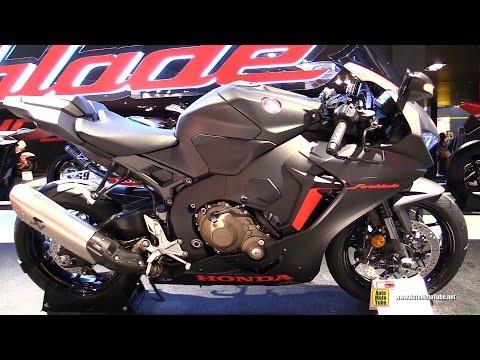 2017 Honda CBR1000RR Fireblade - Walkaround - Debut at 2016 EICMA Milan