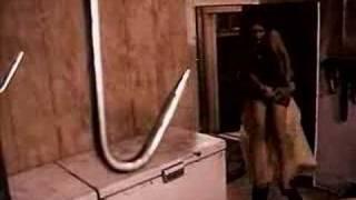 The Texas Chainsaw Massacre (1974) - Trailer