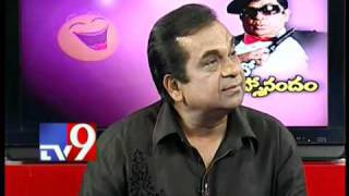 Brahmanandam Wonderful face expressions in TV9 interview.mp4