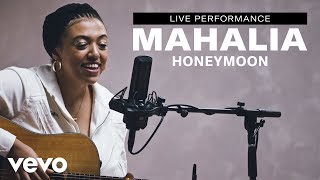 "Mahalia - ""Honeymoon"" Live Performance 