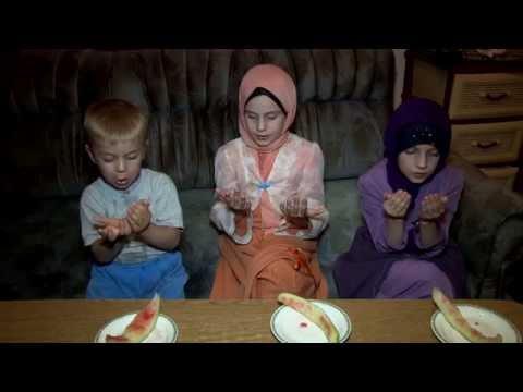 Xxx Mp4 RAMAZANSKI DAN Kratki Porodicni Film O Ramazanu 3gp Sex
