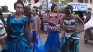 Sri Lankan Transgenders Road Dancing