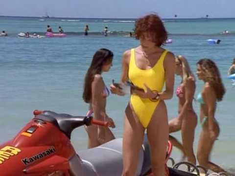 Simmone Jade Mackinnon in Baywatch Hawaii S10E03