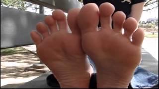 feet girl street