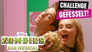 ZOMBIES - DAS MUSICAL // Die Zombies-Challenge: Gefesselt   Disney Channel