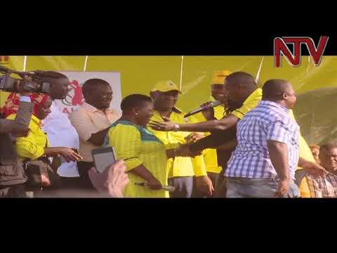 Xxx Mp4 ZUNGULU Kasule Lumumba Ayagala Kuyigiriza Tanga Odoi Kuzina 3gp Sex