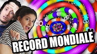 SLITHER.IO - SFIDO LA MIA RAGAZZA: RECORD MONDIALE!!