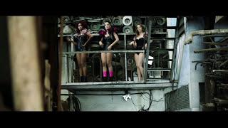 Anitta - Menina Má (Videoclipe Oficial)
