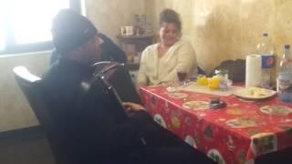 Viorel din Aparatori si Vasile Americanu - cine doarme linistie