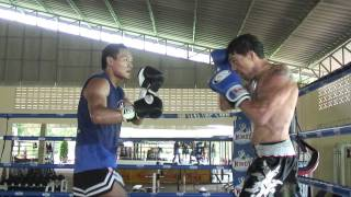Roger Augusto Training With The Worlds Greatest, Saenchai Sinbi Muay Thai