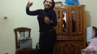 اجمد رقص منازل بنات   رقص بنت مصرية بجسم مثير جدا   رقص بنات مصر في المنزل   رقص منزلي جديد