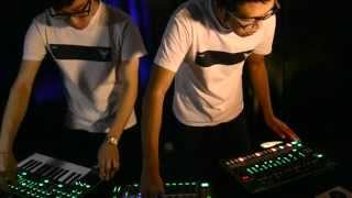 Enope - Alloy (Live) [Performed with Roland AIRA]